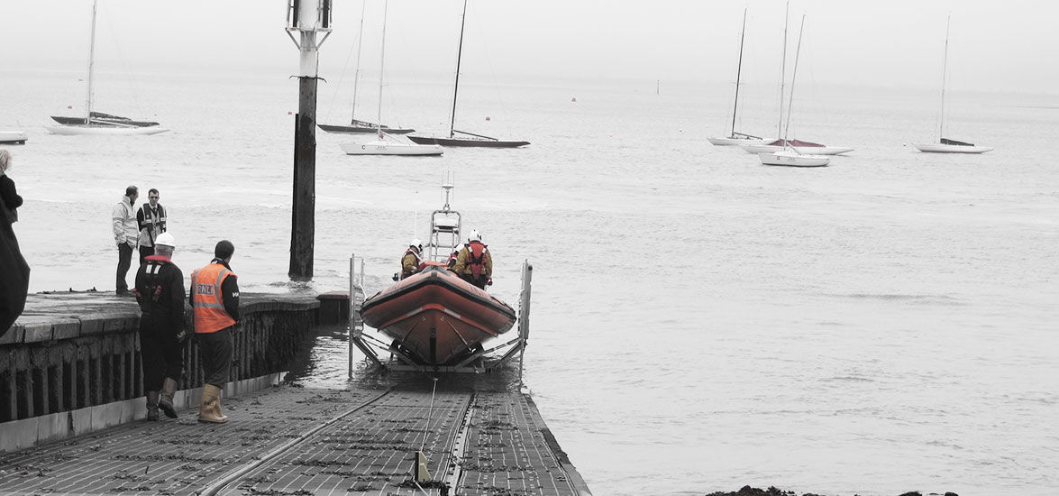 COWES INSHORE LIFEBOAT SLIPWAY CONSTRUCTION