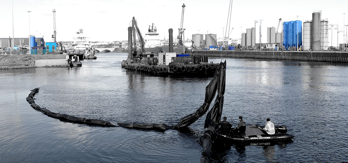 TORRY QUAY CONTAINMENT CURTAIN INSTALLATION