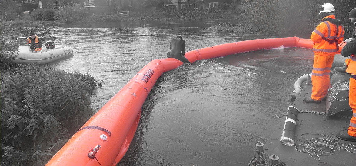 RIVER AVON CONTAINMENT CURTAIN DEPLOYMENT/RECOVERY