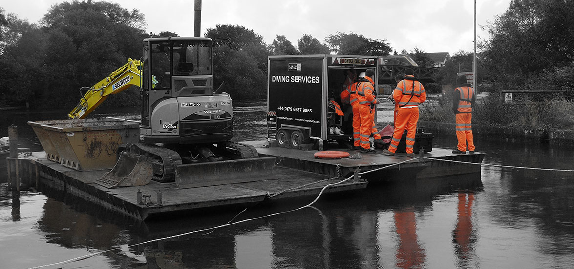 RIVER STOUR CONTAINMENT CURTAIN DEPLOYMENT/RECOVERY