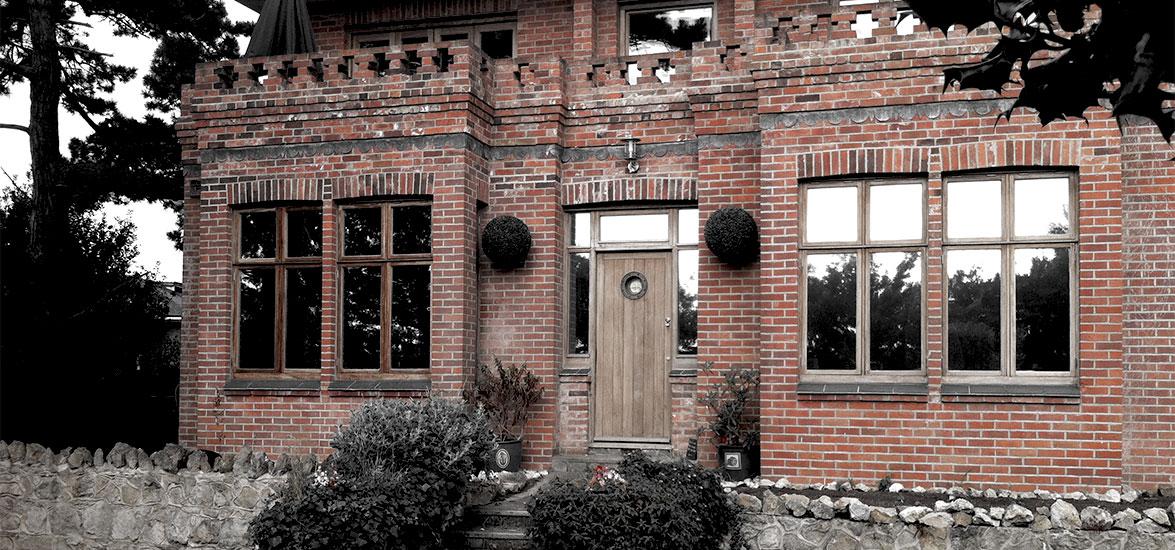 HOLCOMBE HOUSE RENOVATION